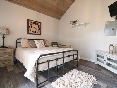 Photo for Blue Goose- Galloping Goose Cottages, Cozy and clean cottage near The Ark