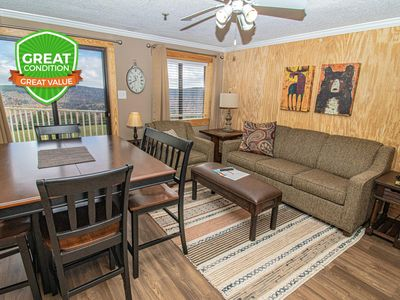 Photo for NO BAIT & SWITCH PRICING | Includes Parking/Cleaning | 2BR/2BA | Sleep 6 | ML168