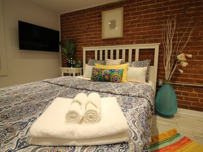 Super Fancy studio Close to General Hospital and Metro / Downtown / festivals
