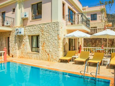 Photo for Villa Mimosa: Large Private Pool, Walk to Beach, A/C, WiFi, Car Not Required