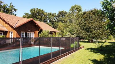 Photo for ARCACHON BASIN HOUSE 200m2 / 12 PERS / 6CH / 4SDE / 2WC SECURE SWIMMING POOL / 2000M2