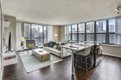 270° Views in Stunning Apartment