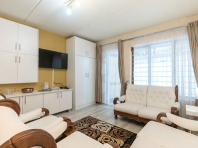 Photo for International House Joburg ~ Unlimited Wifi, Cable, Secure Parking, Gated home.
