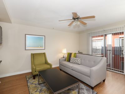 Photo for 1BR Apartment Vacation Rental in Santa Monica, California