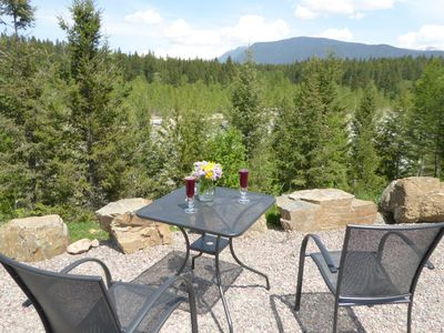 Photo for GLACIER PARK VIEWS AND RIVERFRONT LODGING!