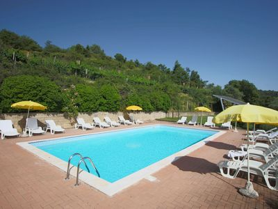Photo for Cozy Farmhouse in Paciano with Private Pool