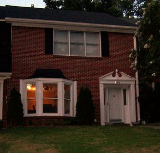 Photo for 2BR Townhome Vacation Rental in Vestavia Hills, Alabama