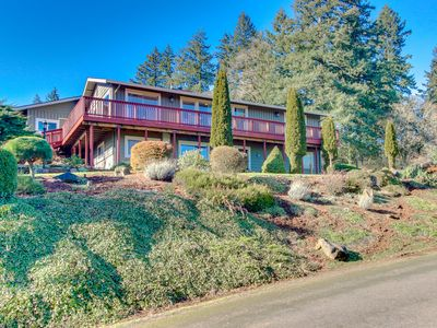 Photo for Ideal wine country retreat with valley views & gorgeous prime location