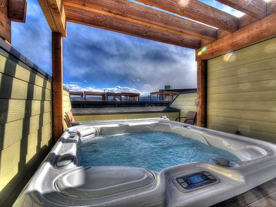 Photo for Roof Top Hot Tub w/ Mountain Views! Centrally Located in Newpark! Free Shuttle