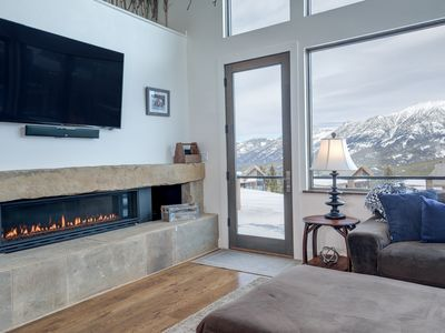 Photo for Mountain Modern Cabin With Beautiful Views, Large Kitchen, & Amazing Ski Access!