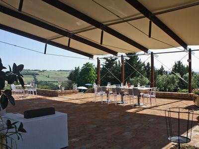 San Costanzo Villa Rental   Wide Porch With Tables, Chairs And Sofas