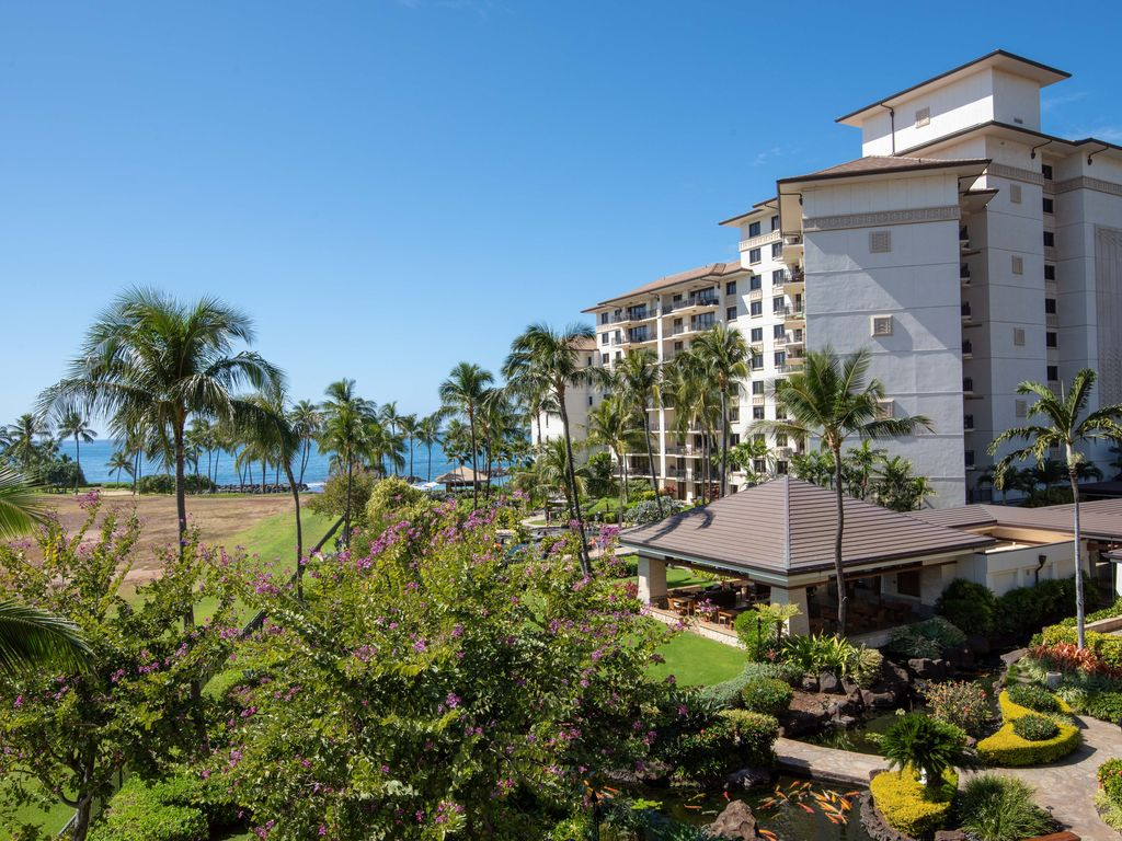 Luxury Penthouse at Beach Villas at Ko Olina  Kapolei
