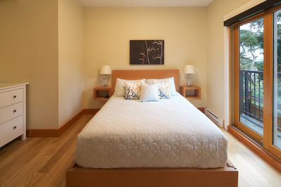 Master bed in a second floor suite, sample corner picture