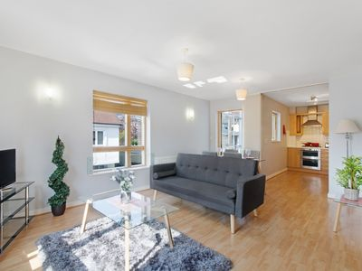 Photo for Executive Harlow Apartment Close To Stansted Airport & Science Park