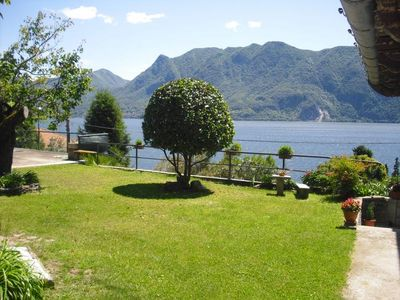 Photo for 2½-room apartment with terrace, private garden and fantastic lake view