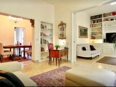 Photo for Elegant Refurbished Apartment In Florence, Wifi, A/C, Elevator