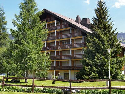 Photo for Apartment in Ollon with Internet, Lift, Parking, Balcony (724228)