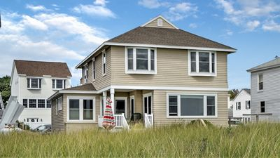 Photo for ★ OCEAN FRONT CONDO | GORGEOUS FRONT YARD | CENTRAL TO DOWNTOWN OOB!! ★