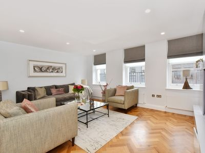Photo for Graceful Apartment in London