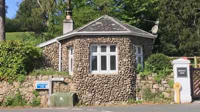Photo for 1BR Cottage Vacation Rental in Lustleigh, Darmoor, England