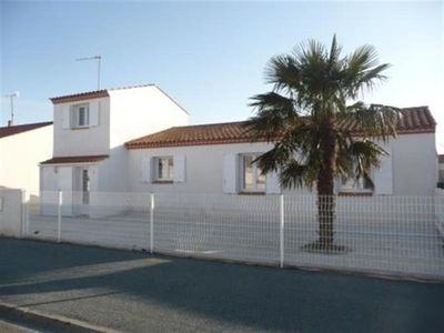 Photo for Villa L'Aiguillon-sur-Mer, 4 bedrooms, 8 persons