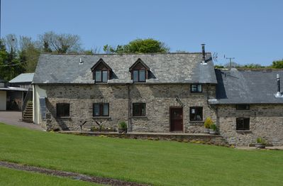 Jasper Cottage, sleeping 4, is a traditional stone barn conversion