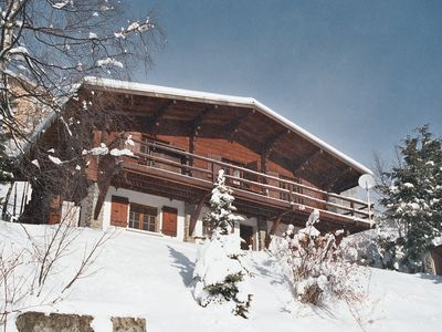 Photo for Traditional chalet high capacity wood cottage