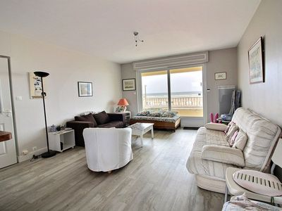Photo for Nice apartment with beautiful sea view for 4 to 6 people on Hardelot Plage
