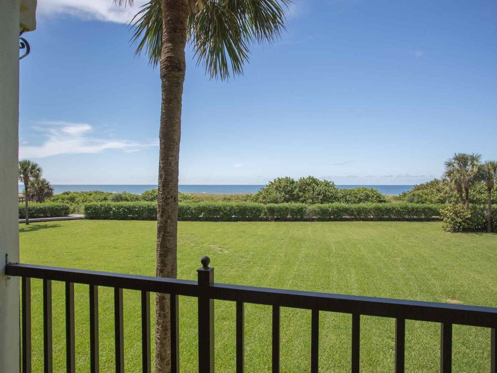 Direct Gulf View Upgraded Condo. Amazing Views!
