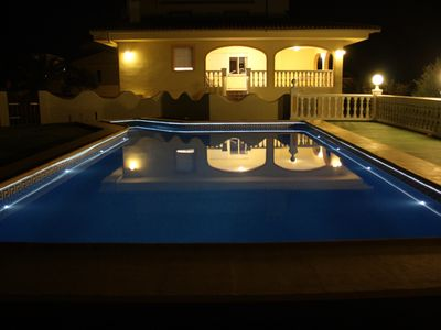 Photo for CALPE: 12 people VILLA with garden, barbecue and private pool. WIFI