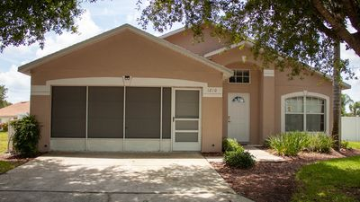 Quite cul-de-sac 8 Miles to Disney Let our home by your home for your vacation