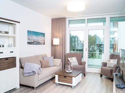 Photo for Apartment in an exclusive location with sea views for up to 4 people