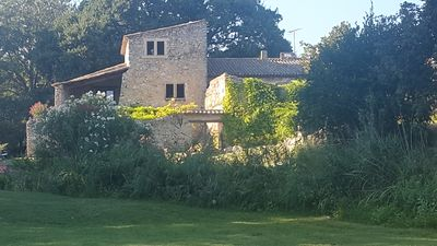 Photo for House adjoining a beautiful farmhouse in Provence Luberon