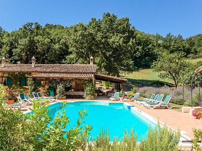 Photo for Detached house with private pool 3km from village, 90 from Rome. Quiet area