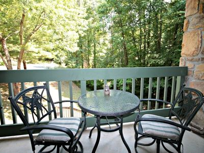 Photo for Relax@154 Village Stream~10% Summer Deal 5/27-7/1-a couples getaway-an In-Room Jacuzzi Tub-Pool