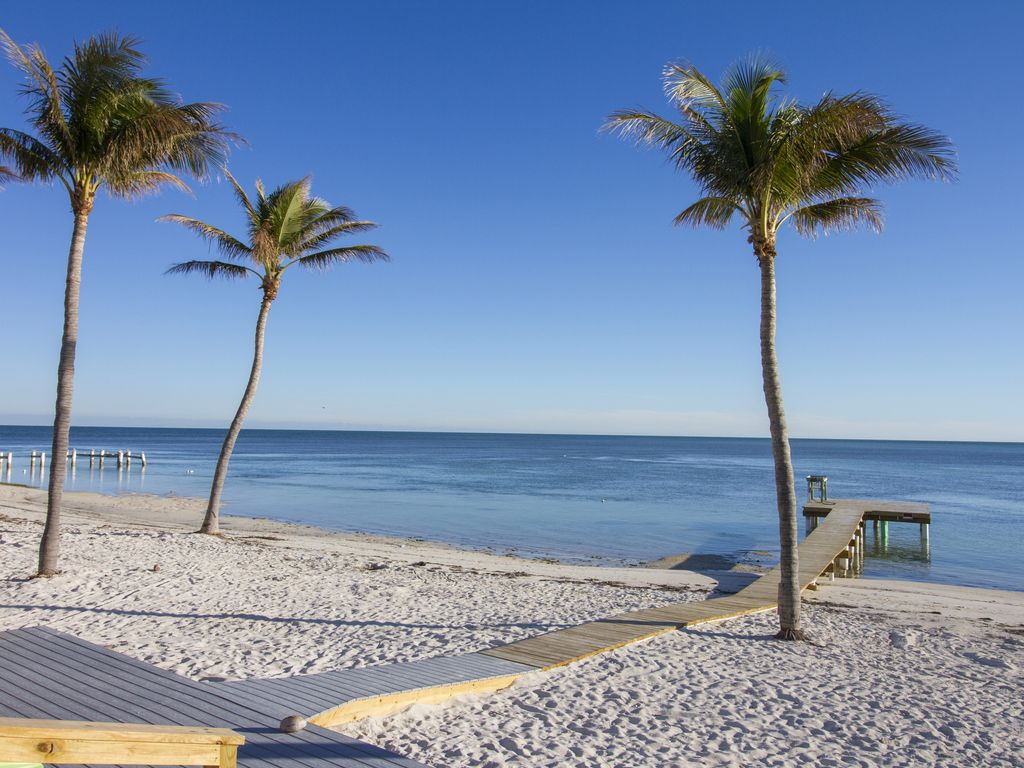 Oceanfront Duplex With Beautiful Beach And Homeaway