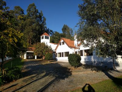 Photo for 5-bedroomed holiday house with private freshwater pool and large garden