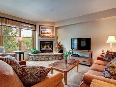 Photo for Condo exceeds expectations, Short walk to town, Fabulous Amenities, Outdoor hot tubs!