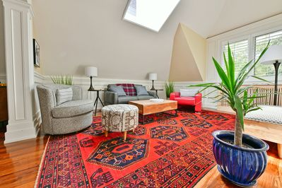 Phenomenal Sun Filled Rosedale Toronto 1 Bedroom Loft Apt Office Terrace Old Toronto Home Interior And Landscaping Palasignezvosmurscom