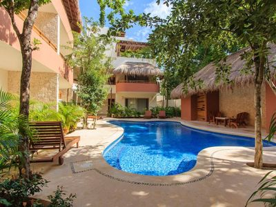 Photo for Peaceful Penthouse / Private terrace w Jacuzzi & BBQ @ Zama Gardens