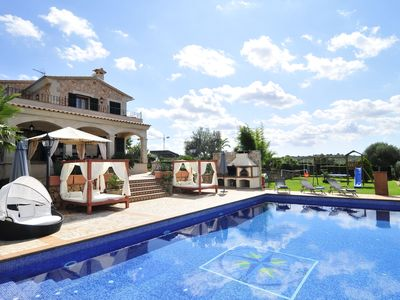 Photo for Luxury Villa with pool,BBQ. Swings ,Gym, Jacuzzi, Pool table,foosball,ping-pong