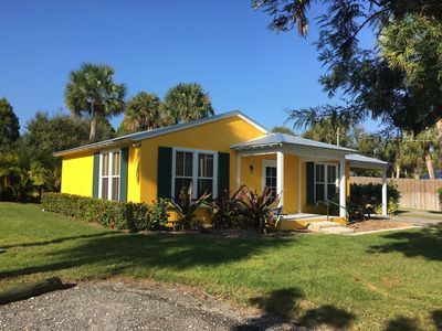 Photo for Lovely 1 Bedroom House on the Indian River Waterway in Jen. Bch.