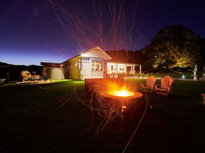 Photo for Fire Pit, Wood Fired Pizza Oven, Spa, Organic Fruit & Vegetables, Pets welcome