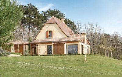 Photo for 3 bedroom accommodation in Les Eyzies Sireuil
