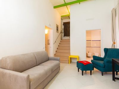 Photo for Apartment 1.1 km from the center of Naples with Internet, Air conditioning, Lift (914424)