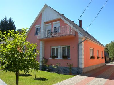 Holiday apartment in favourable situation