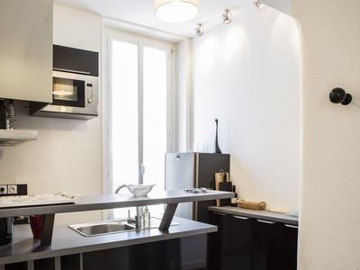 Photo for Chartrons area lovely apartment for 2