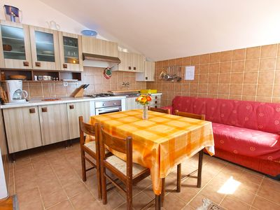 Photo for Holiday apartment Pjescana Uvala for 2 - 4 persons with 1 bedroom - Holiday apartment