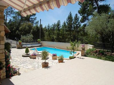 Photo for Family holiday house in Bagnols-s/Cèze, Gard, private pool, nice view