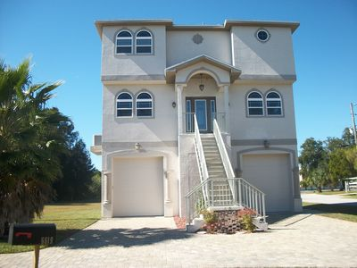 Photo for Waterfront-newer 3 story w/ rooftop views of Gulf waters